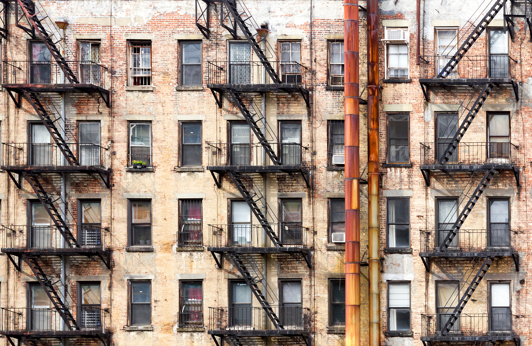 Wenn Gebäude ein eigenes Bewusstsein hätten, was würden sie uns wohl mitteilen?